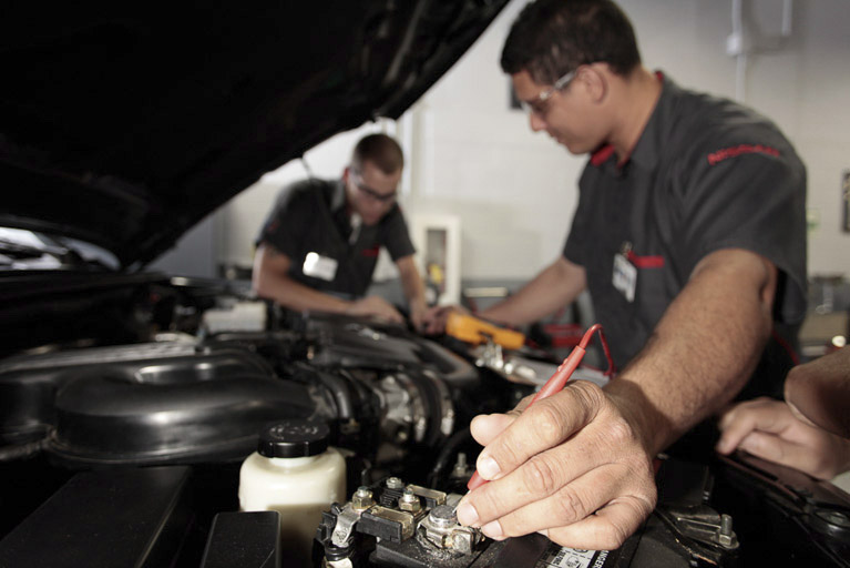 5 Shop Teacher Tips to Fuel Your Students Love of Cars